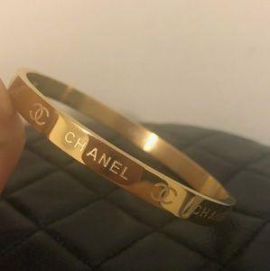 Stunning fabulous bracelet 🐅🐅🐅🐅🐅🐅🐅